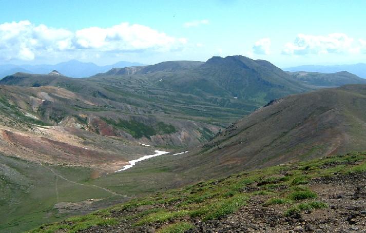 大雪旭岳山頂から090811 135a.jpg