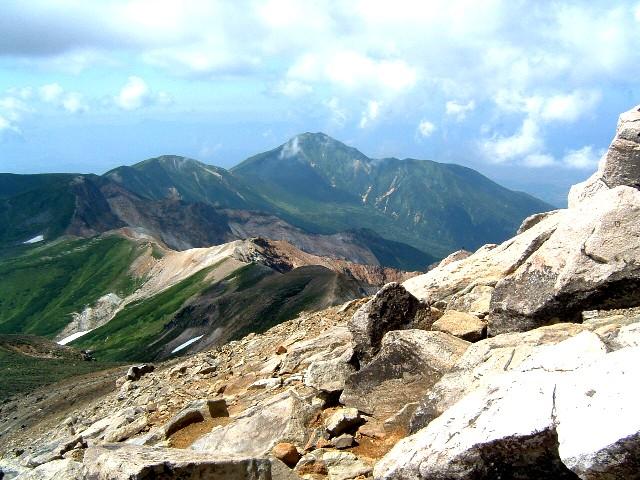 十勝岳山頂富良野岳090810 057a.jpg